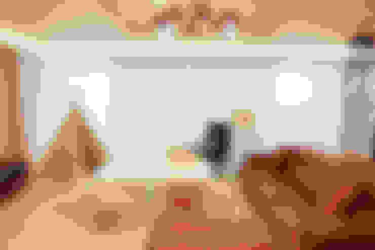 Dormitorios infantiles  de estilo  por 토끼네집