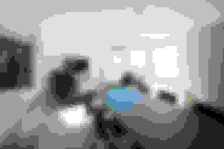 Comedores de estilo  por 株式会社横山浩介建築設計事務所