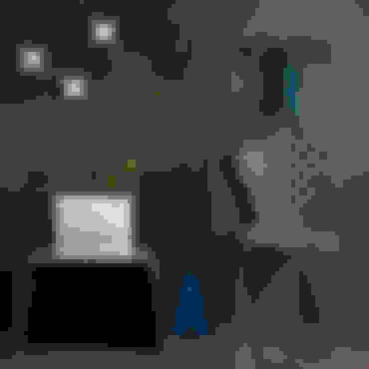 Corridor and hallway by Creativando Srl - vendita on line oggetti design e complementi d'arredo