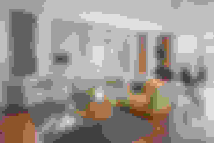 Salas / recibidores de estilo  por ANGEL CERDA