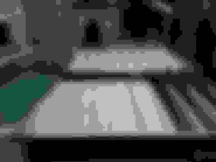 ESTRUCTURA DE LA TERRAZA MOVIL DE PISCINA POOLDECK: Piscinas de estilo  de AZENCO