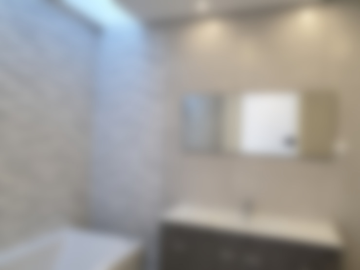 Bathroom by Jesus Correia Arquitecto