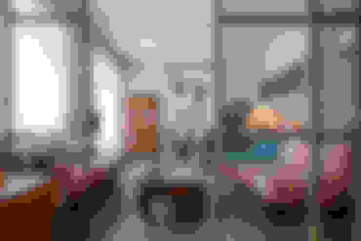 Living room by studioQ