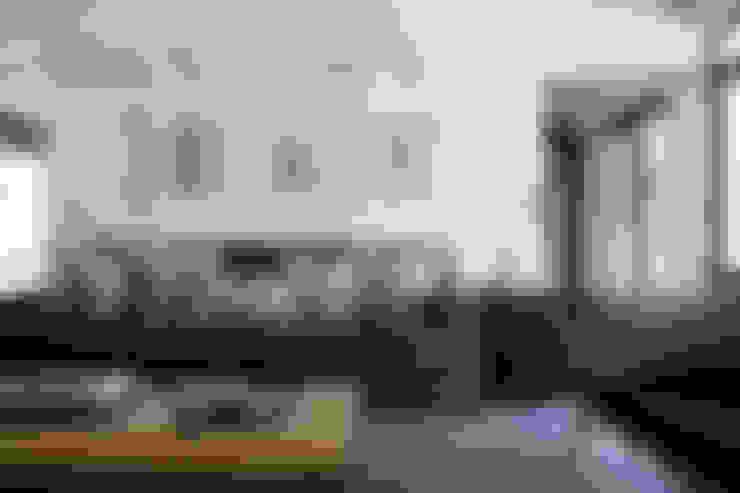 Salas de estilo  por KA.Architecture+Design