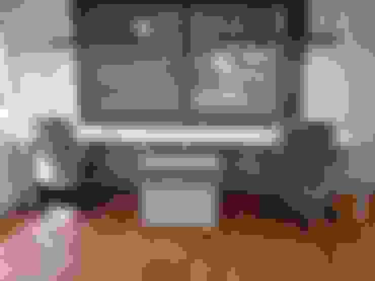 mueble doble: Oficinas y tiendas de estilo  por SIMPLEMENTE AMBIENTE mobiliarios hogar y oficinas santiago