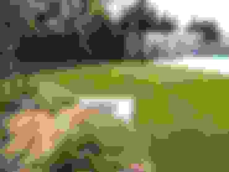Proceso de instalación de césped artificial Albergrass para una obra en la ciudad de Ibi, Alicante: Jardines de estilo  de Albergrass césped tecnológico