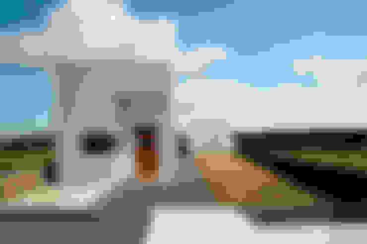 Houses by AAPA건축사사무소