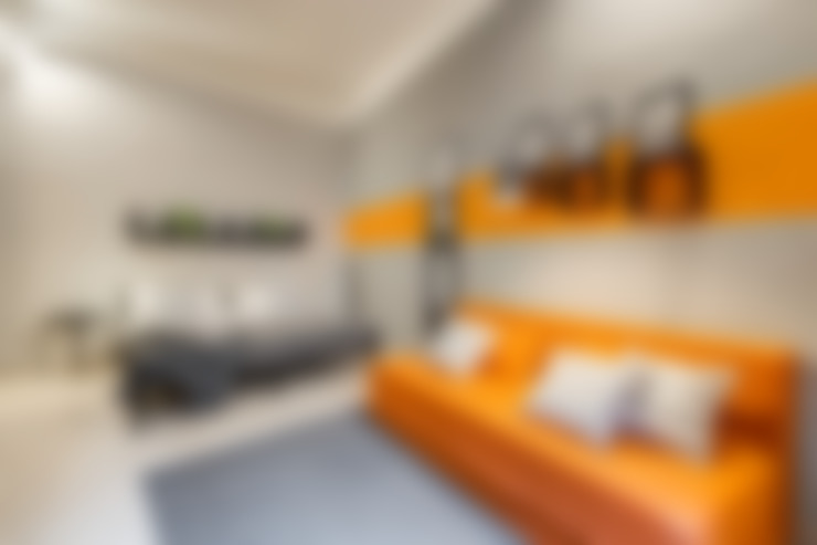 Вітальня by Creattiva Home ReDesigner  - Consulente d'immagine immobiliare