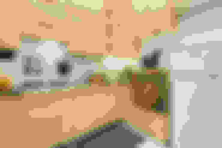 Cocinas de estilo  por Creattiva Home ReDesigner  - Consulente d'immagine immobiliare