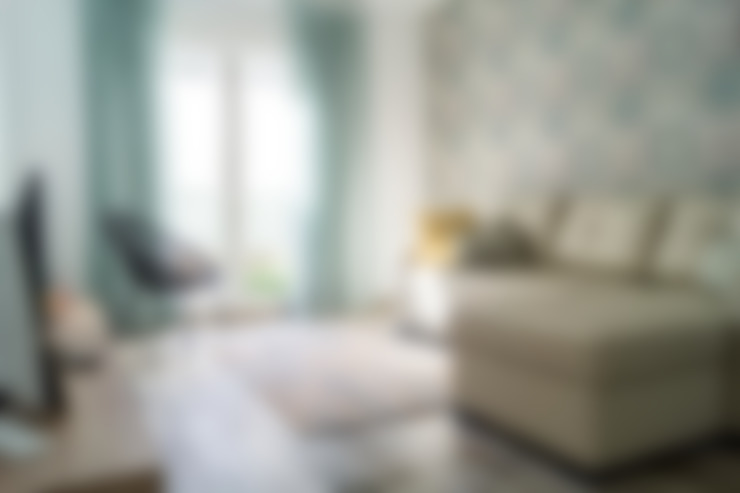 Phòng khách by Housing & Colours