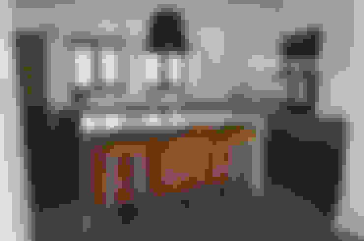 系統廚具 by Moderestilo - Cozinhas e equipamentos Lda