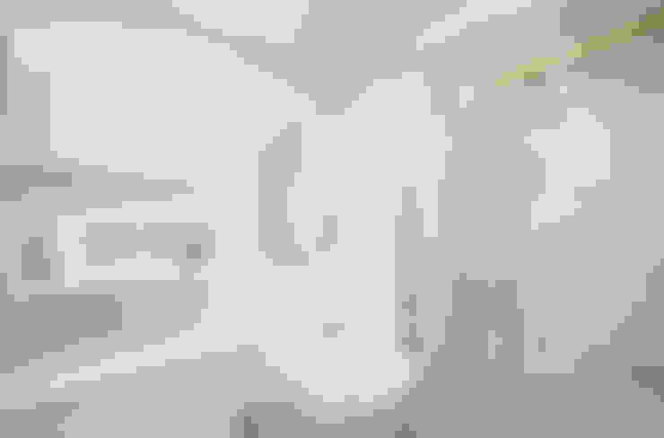 Salle de bains de style  par 디자인 아버