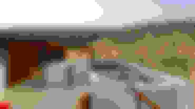 Casa de Playa - BUJAMA: Piscinas de estilo  por Corporación Siprisma S.A.C