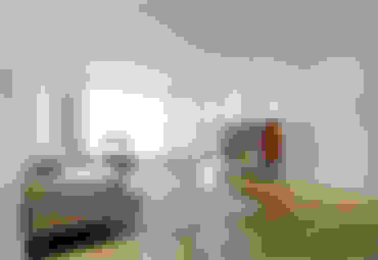 분당 장안건영 32py아파트: 트리플디자인의  거실