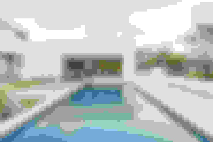 [i]da arquitectos의  수영장
