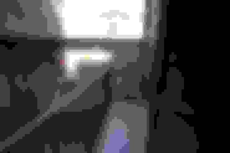 ระเบียง by Creattiva Home ReDesigner  - Consulente d'immagine immobiliare
