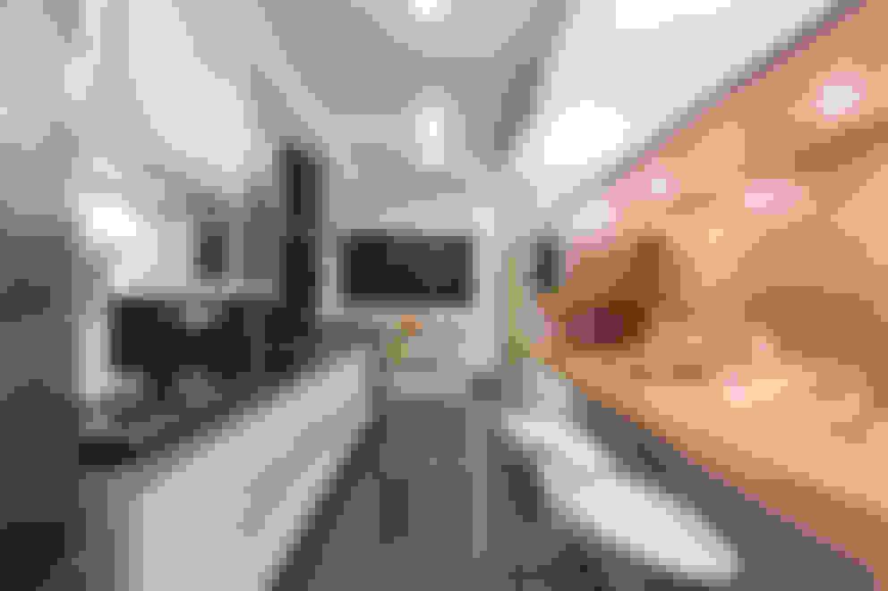 Apartamento Brooklin - São Paulo: Cozinhas  por Luni Arquitetura