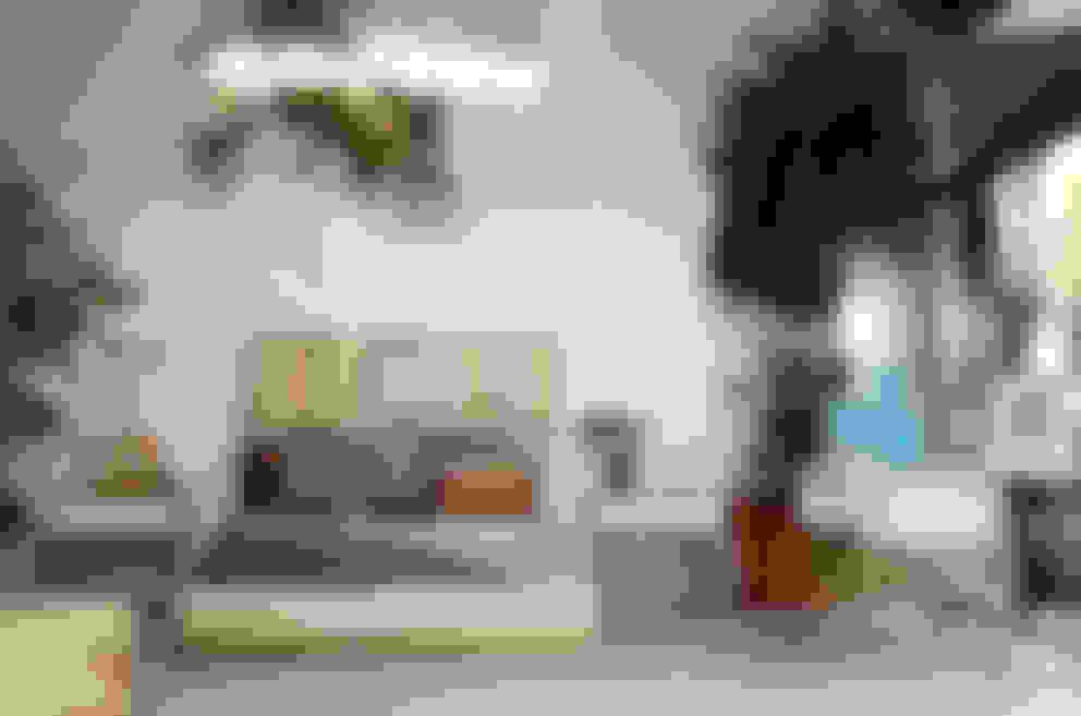 Dormitorios de estilo  por Clorofilia