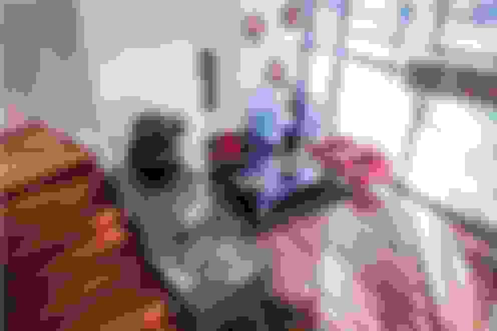 Living room by GRUPO VOLTA