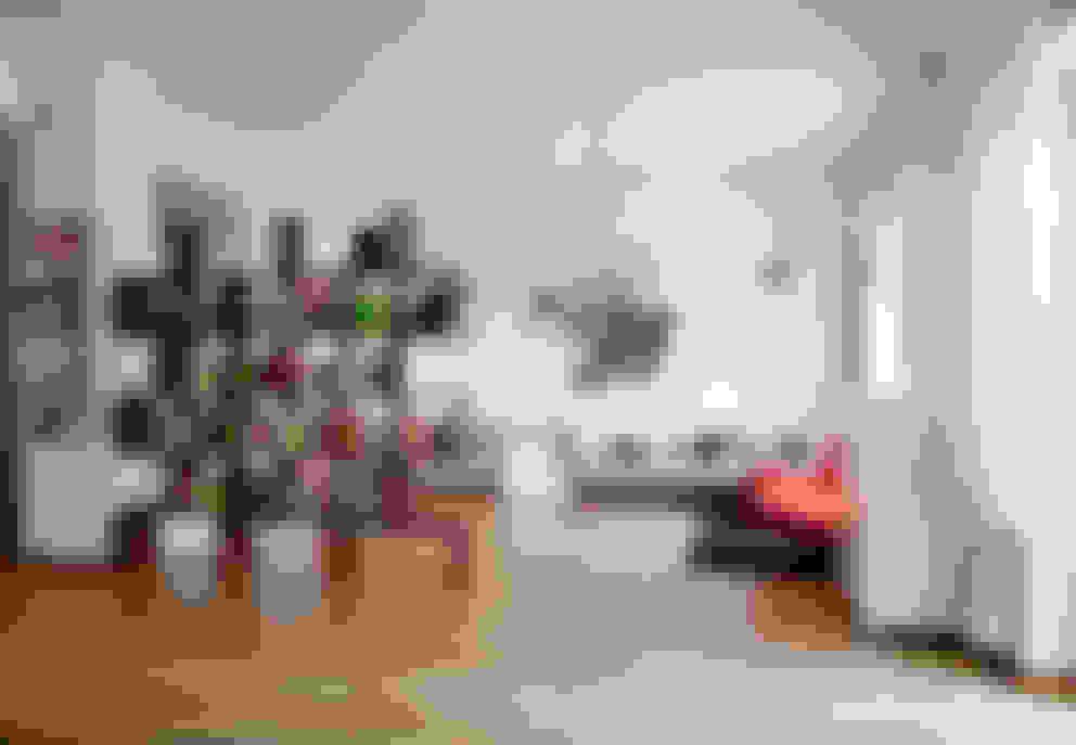 Living room by MAT architettura e design