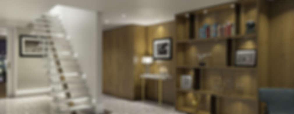 Corridor & hallway by Outsourcing Interior Design