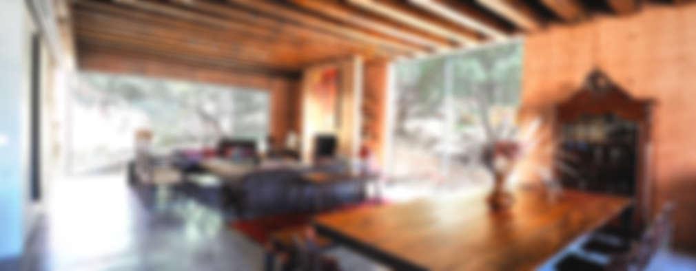 Casa Narigua : Comedores de estilo rústico por P+0 Arquitectura