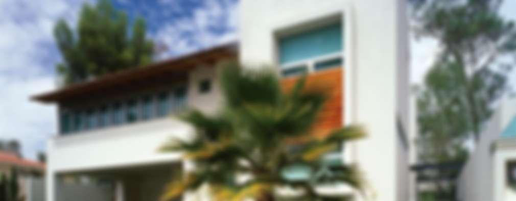 Casa Feryvale, 2006: Casas de estilo moderno por Taller Luis Esquinca