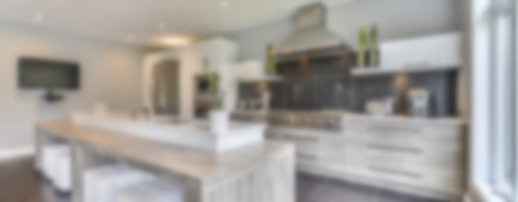 Built-in kitchens by Grange México