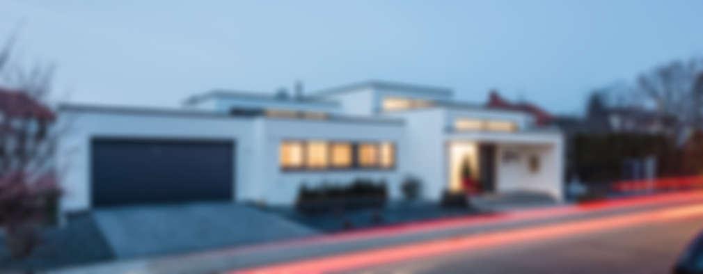 Casas de estilo moderno por Helwig Haus und Raum Planungs GmbH