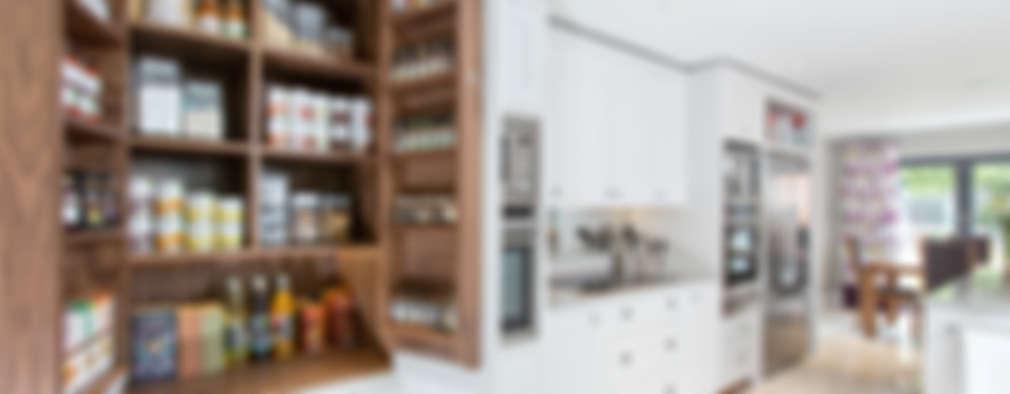 Cocinas de estilo  por Maple & Gray