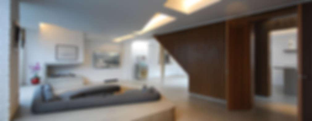 Soggiorno In Stile In Stile Moderno Di Patalab Architecture