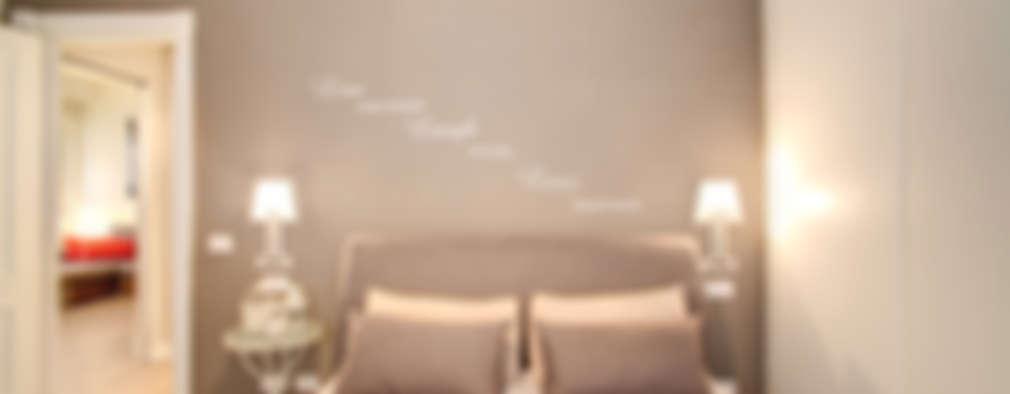 BALDUINA: Camera da letto in stile in stile Moderno di MOB ARCHITECTS