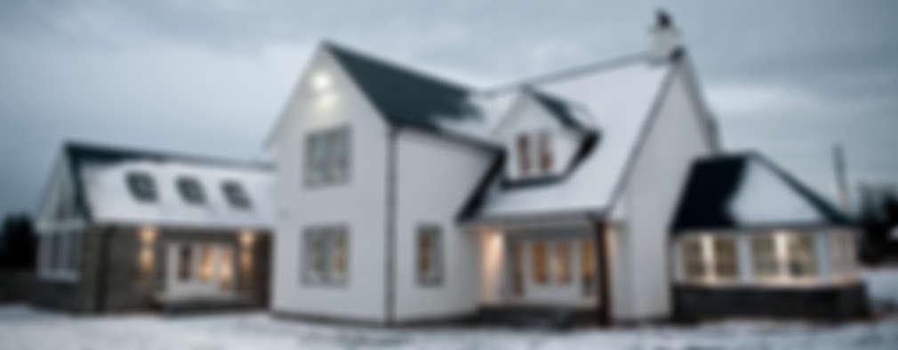 Projekty, klasyczne Domy zaprojektowane przez Roundhouse Architecture Ltd