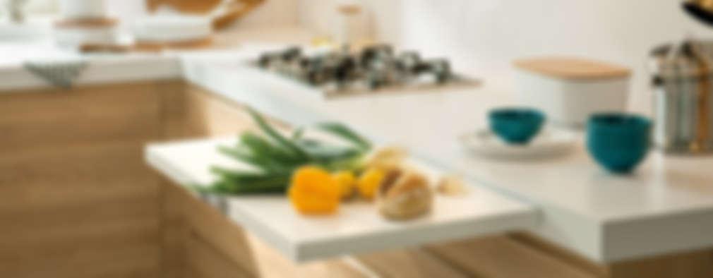 Cucina in stile in stile Scandinavo di Schmidt Palmers Green