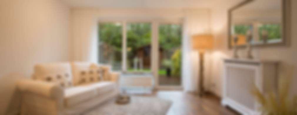 Livings de estilo clásico por Home Staging Sylt GmbH