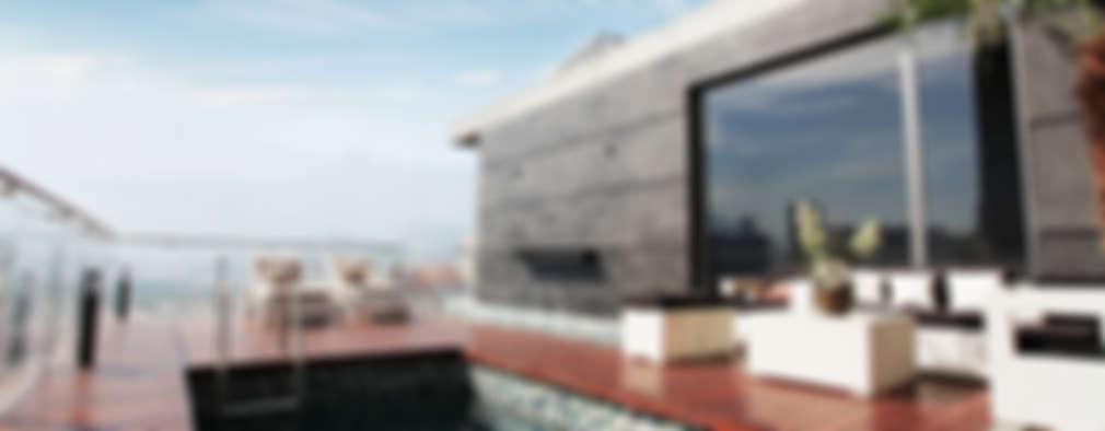 Vista a la alberca: Albercas de estilo moderno por Diez y Nueve Grados Arquitectos