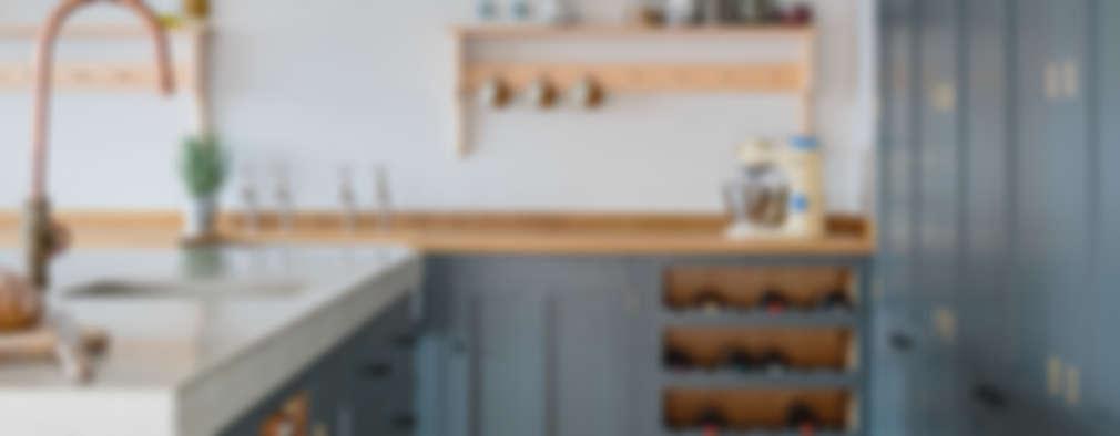 industrial Kitchen by It Woodwork
