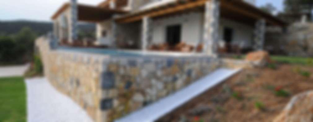 Casas de estilo mediterraneo por CARLO CHIAPPANI  interior designer
