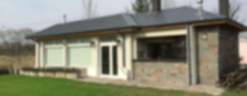 Maisons de style de style Moderne par Family Houses