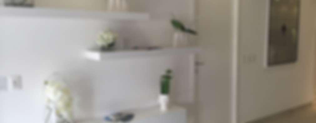 D´TERRACE MODEL UNIT: Salas multimedia de estilo minimalista por DECO designers