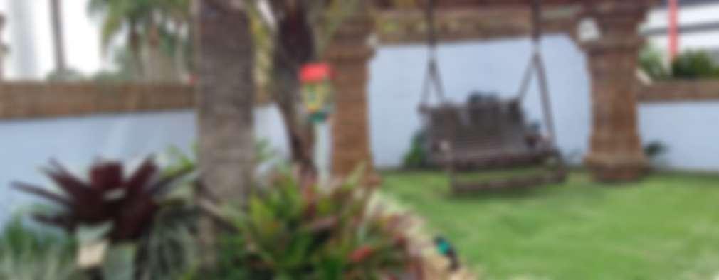 16 p rgolas perfectas para patios peque os for Jardines pequenos techados