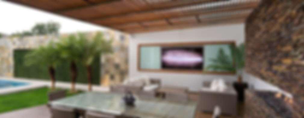 ALBERCA   TÓRTOLAS / MICHEAS ARQUITECTOS: Terrazas De Estilo Por Micheas  Arquitectos