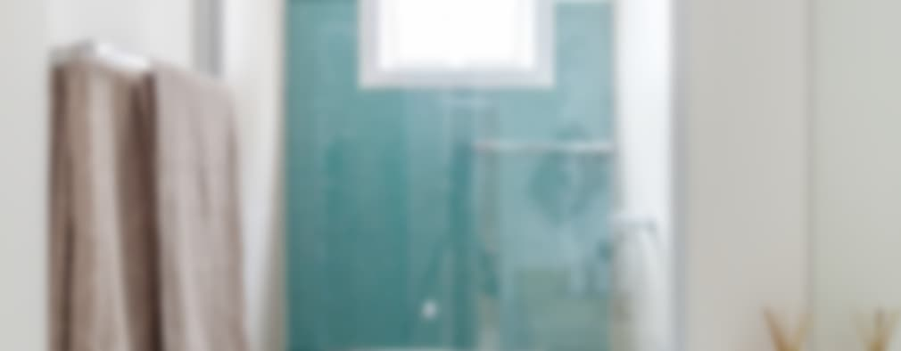 minimalistic Bathroom by MARCY RICCIARDI ARQUITETURA E INTERIORES