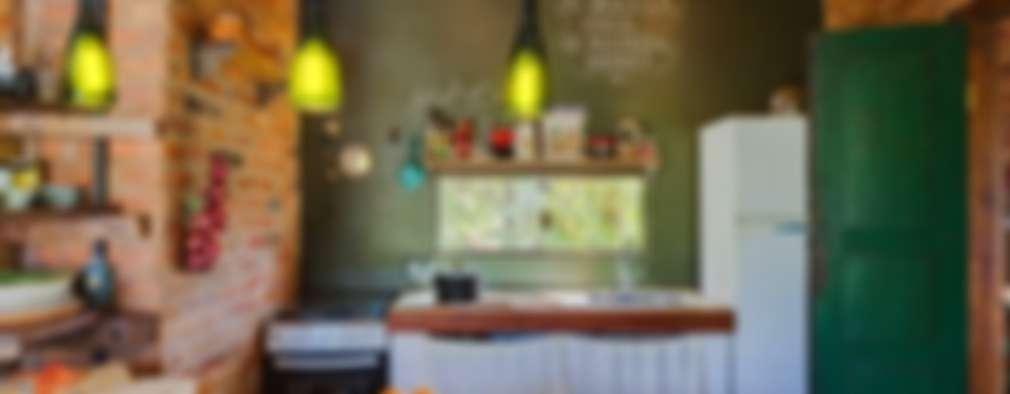 Cocinas de estilo rústico por Ferraro Habitat