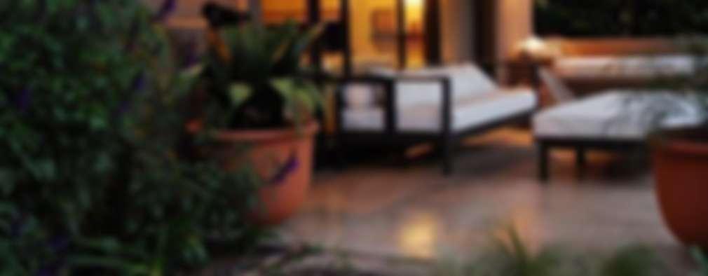 CASA TECTÓNICA EN TIGRE: Casas de estilo rústico por Parrado Arquitectura