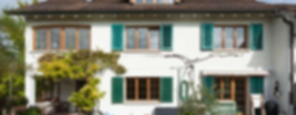 Maisons de style de style Moderne par von Mann Architektur GmbH