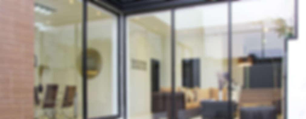 Vista Exterior- Fachada Interior: Casas de estilo moderno por Estudio Meraki