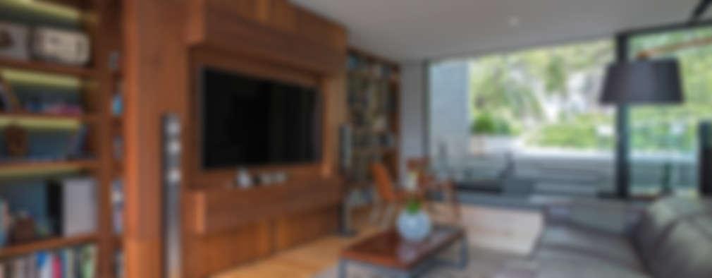 Faci Leboreiro Arquitectura: modern tarz Oturma Odası
