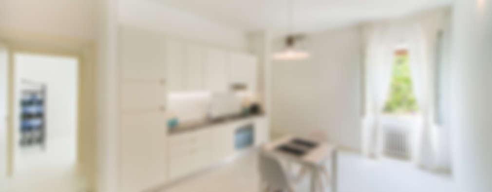 LA SCATOLA NELLA SCATOLA: Cucina in stile in stile Minimalista di PADIGLIONE B