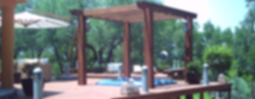 Piletas de estilo moderno por Moya-Arquitectos